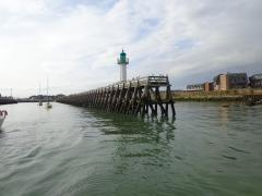 Deauville breakwater - a good example of a 'digue a claire-voie'!