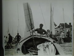 Rigging on the beach